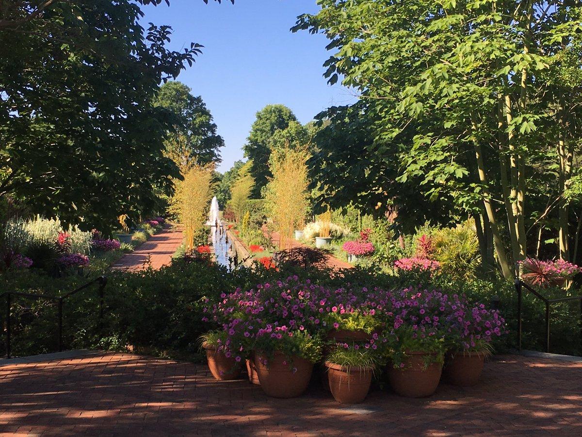Hundreds Celebrate Mother 39 S Day At Daniel Stowe Botanical Garden